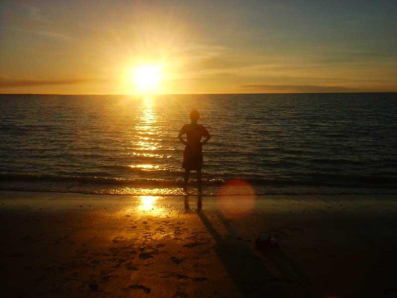 ダーウィンのビーチからの夕日