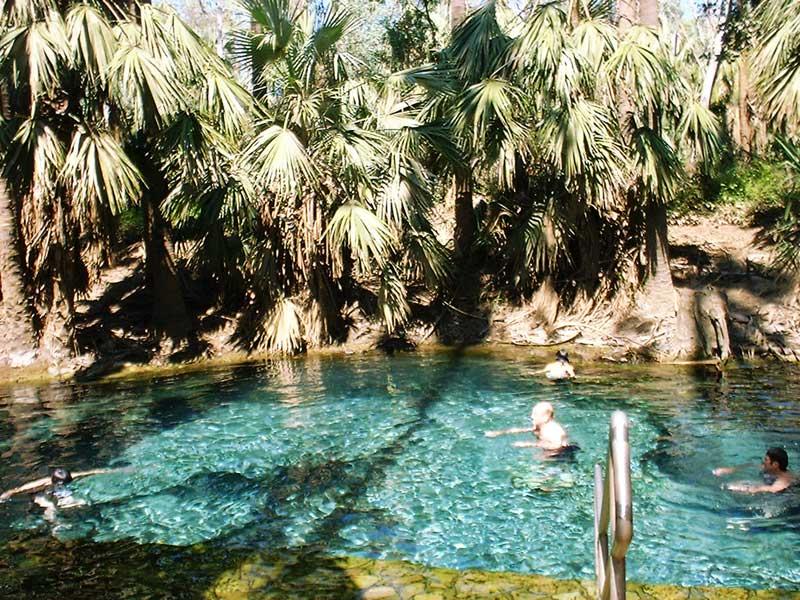 マタランカの温水プール