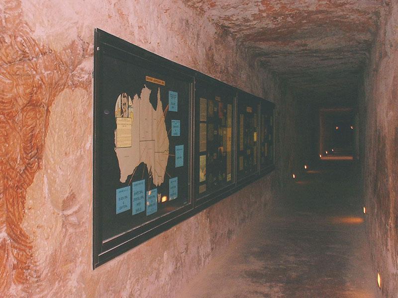近くのホテルの地下